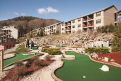 Holiday Inn Vacatons Oak N' Spruce